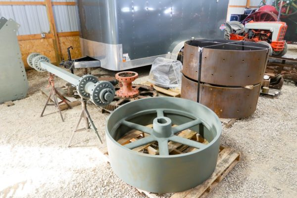 Flywheel and Axle for 150 Case